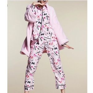 Like New! Kate Spade Lipstick Print Pajamas